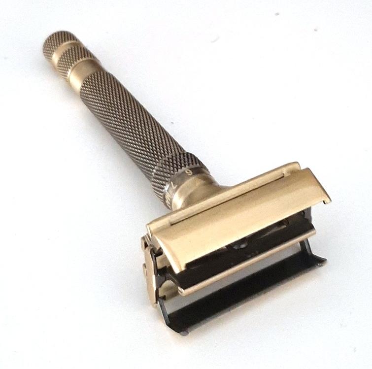 סכין גילוח של פעם מתכווננת - זהב פתוח
